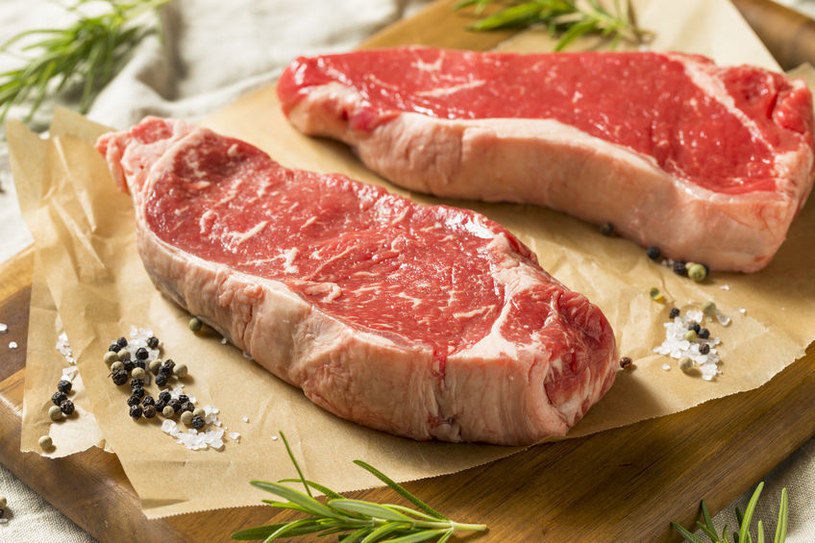Surowe mięso /©123RF/PICSEL