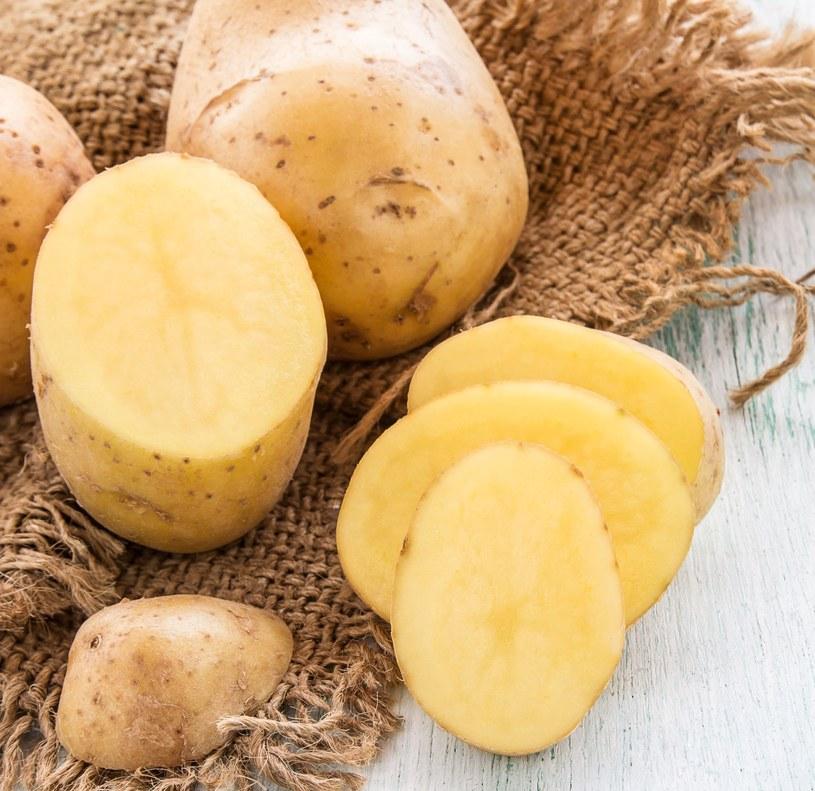 Surowy ziemniak /©123RF/PICSEL
