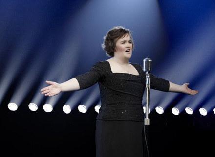 Susan Boyle jeszcze rok temu była bezrobotną gospodynią domową /Sony Music