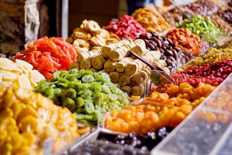 suszenie owoców /© Photogenica