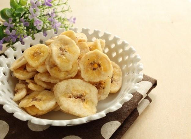 Suszone banany to smaczna i zdrowa przekąska /123RF/PICSEL