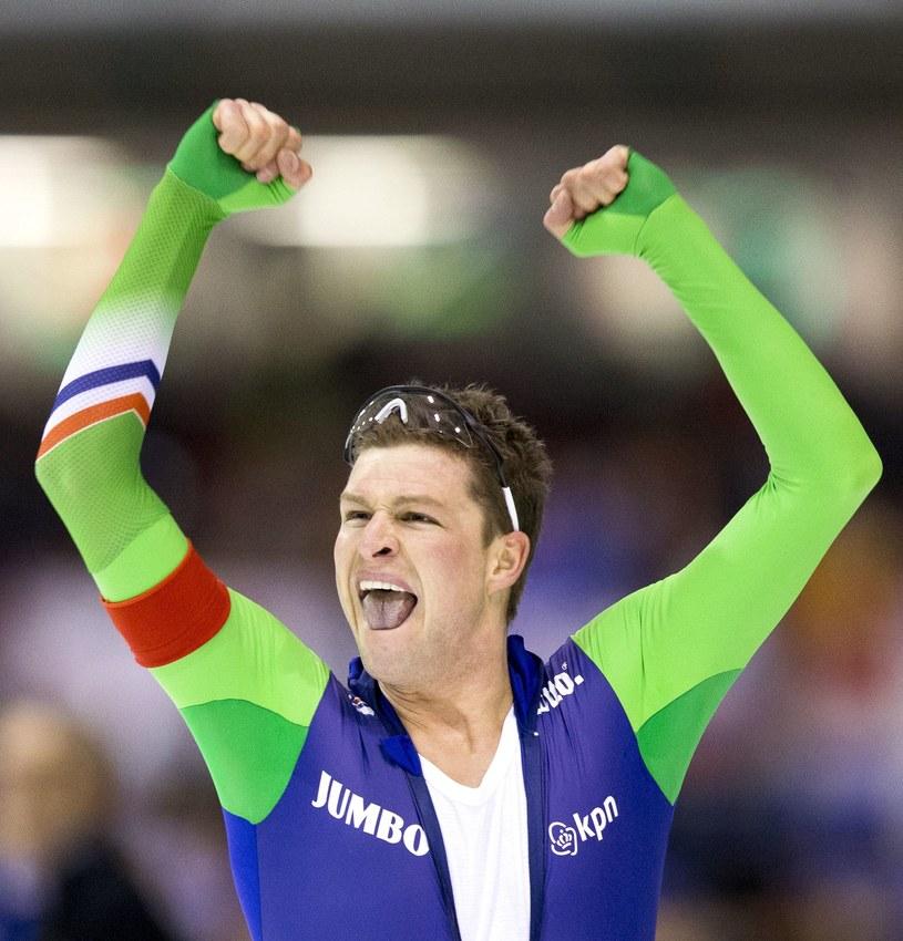 Sven Kramer triumfuje /AFP