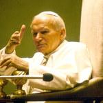 """""""Św. Jan Paweł II został oszukany w kwestii McCarricka"""". Przewodniczący Episkopatu skomentował raport Watykanu"""
