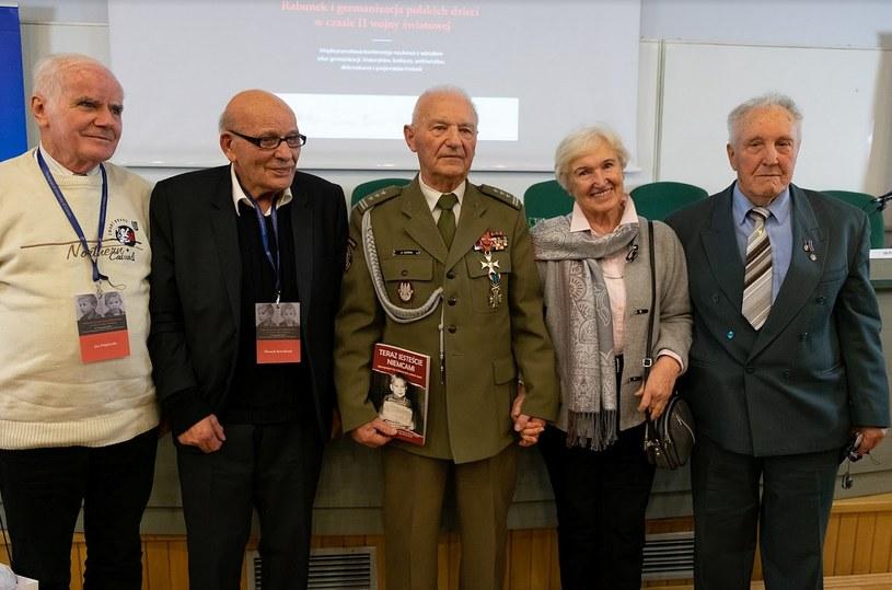 Świadkowie historii (od lewej): pan Jan Dopierała, pan Henryk Kowalczyk, pan Józef Sowa, pani Barbara Paciorkiewicz, pan Janusz Bukorzycki /Paweł Krawczyk /INTERIA.PL