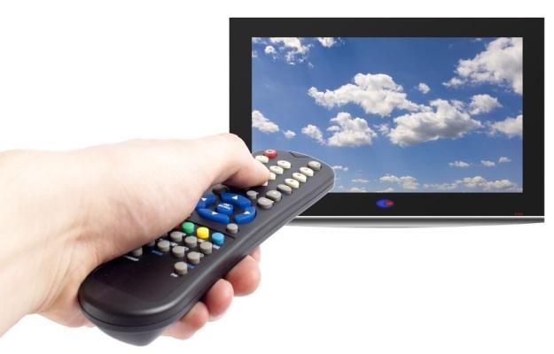 Świadomie kupuj sprzęt do odbioru naziemnej TV cyfrowej /123RF/PICSEL