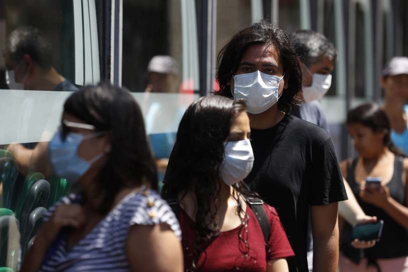 Świat walczy z koronawirusem /Paolo Aguilar    /PAP/EPA