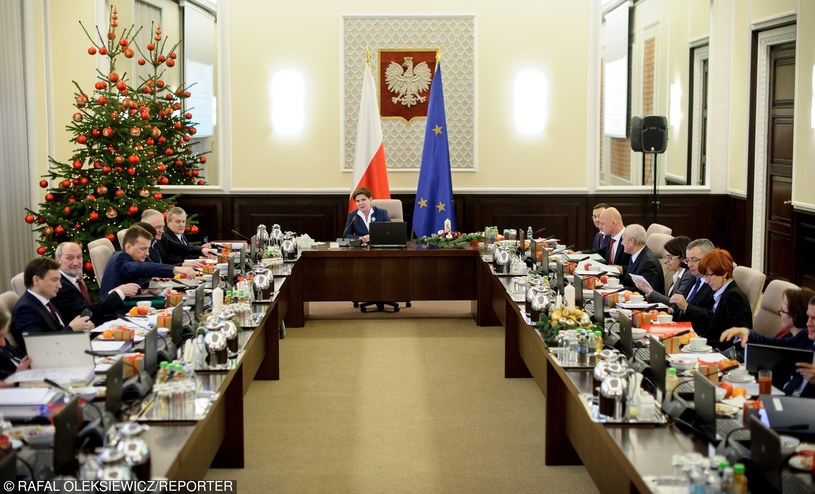 Świąteczne posiedzenie rządu /Rafal Oleksiewicz /East News