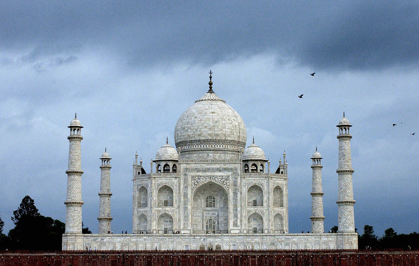 Świątynia Tadż Mahal (Taj Mahal) /AFP