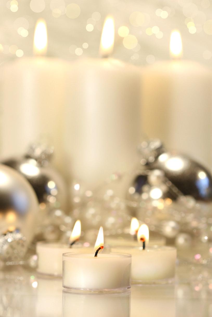 świece w zamrażalniku /© Photogenica