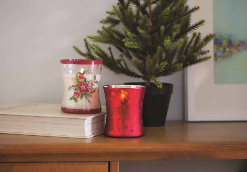 Świece zapachowe stworzą w Twoim domu wyjątkowy, świąteczny klimat. /materiały prasowe