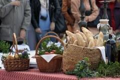 Święcenie pokarmów na krakowskim rynku