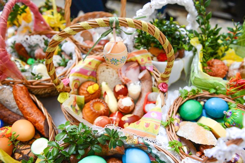 Święcenie pokarmów w Wielką Sobotę /Adam Staśkiewicz /East News