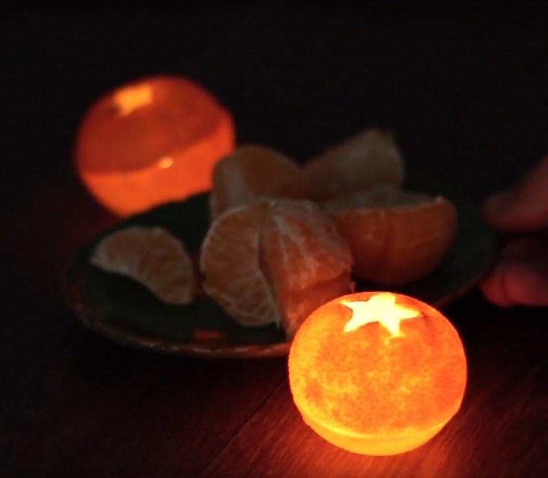 świeczka mandarynka /© Photogenica