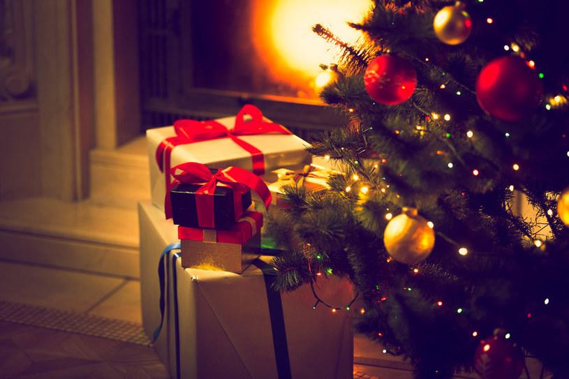 Święta nieodłącznie związane są ze zwiększonymi wydatkami /123RF/PICSEL