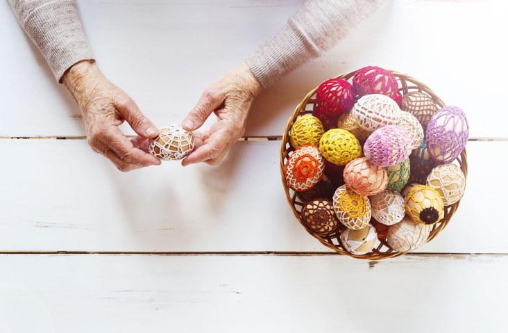 Święta Wielkanocne to szczególny czas dla osób starszych /123RF/PICSEL