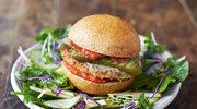 Świetne wegetariańskie burgery, sałatka ogrodowa z dressingiem bazyliowym