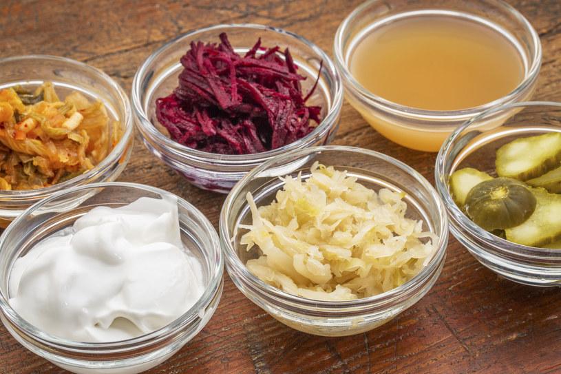 Świetnymi probiotykami są też kiszonki /123RF/PICSEL