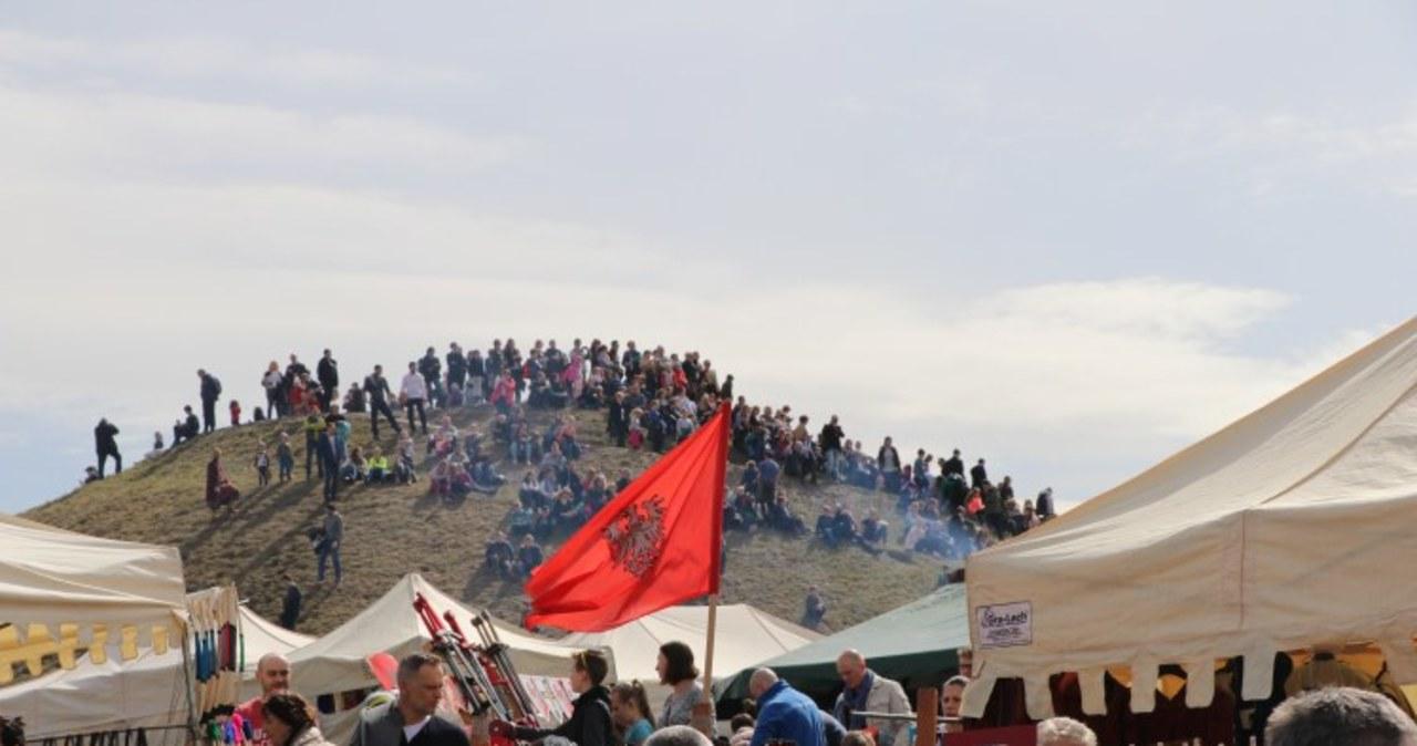 Święto Rękawki u stóp kopca Krakusa