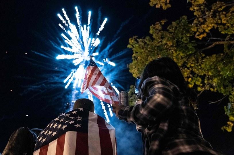 Świętują wygraną Joe Bidena /AFP