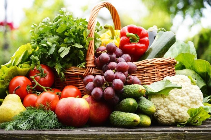 świeze owoce i warzywa /© Photogenica