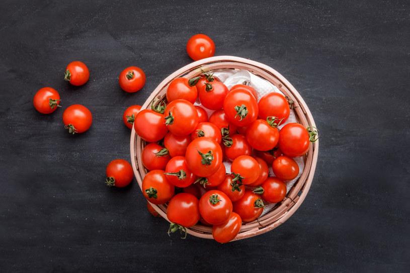 Świeże pomidory są lepsze niż z lodówki /123RF/PICSEL