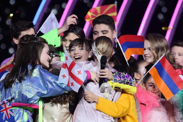 Świeżo upieczona zwyciężczyni Eurowizji Junior 2019 Viki Gabor tuż po ogłoszeniu wyników konkursu / Andrzej Grygiel    /PAP