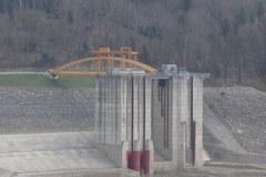 Świnna Poręba: Ludzie wciąż nie mogą się wyprowadzić z terenu budowy zbiornika