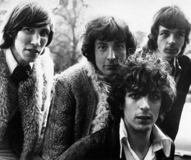 """""""Syd Barrett & Pink Floyd. Mroczny świat"""". Fragment biografii założyciela Pink Floyd"""