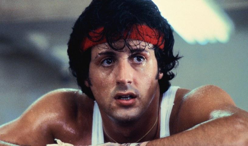 """Sylvester Stallone w młodości. Dziś jest już """"seniorem"""", ale wciąż ma werwę /United Artists/Collection Christophel /East News"""