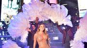 Sylwestrowa wpadka Mariah Carey wyśmiana na meczu NBA
