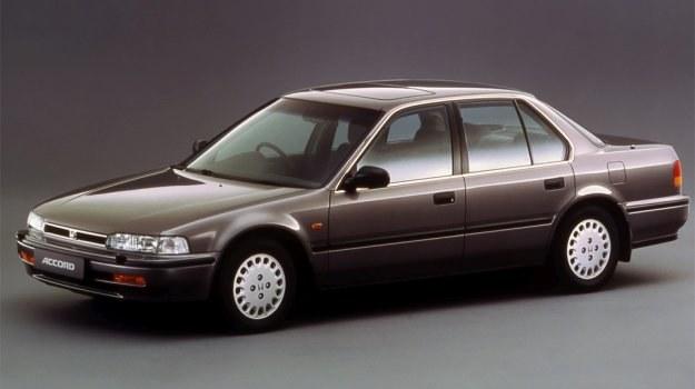 Sylwetka nowej Accord nawiązuje do tradycji poprzedniej generacji. /Motor