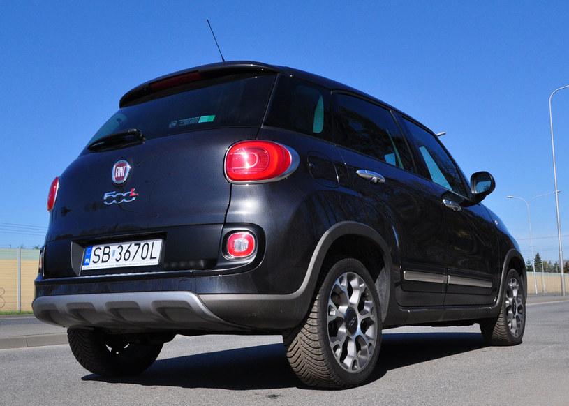 Sylwetka samochodu jaka jest, każdy widzi - stylizowana na Mini /INTERIA.PL