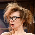 Sylwia Gliwa na próbie spektaklu. Ale charakteryzacja!