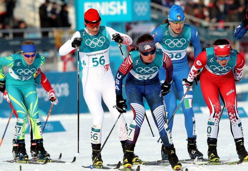 Sylwia Jaśkowiec (nr 56) podczas biegu łączonego IO w Pjongczangu. / Grzegorz Momot    /PAP