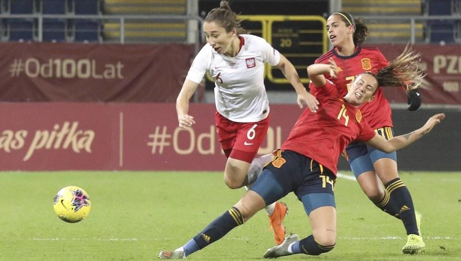 Sylwia Matysik w czasie meczu z Hiszpanią /Jacek Szydłowski /PAP