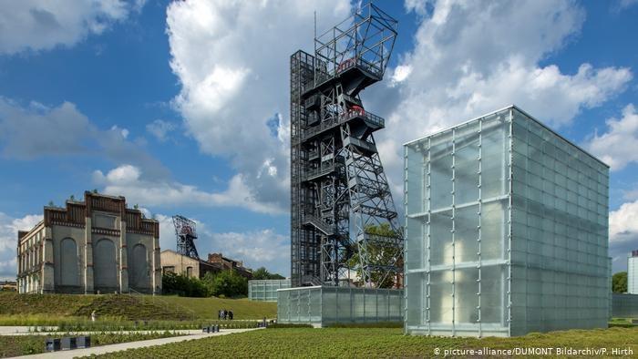 """Symboliczny obraz transformacji: Muzeum Śląskie w Katowicach mieści się na terenie dawnej kopalni węgla kamiennego """"Katowice"""" /picture-alliance/DUMONT Bildarchiv/P. Hirth /Deutsche Welle"""
