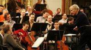 Symfoniczny koncert na azerbejdżański tar