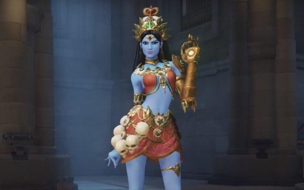 Symmetra w stroju hinduskiej bogini - fragment filmu opublikowanego w serwisie YouTube na kanale: IGN /materiały źródłowe