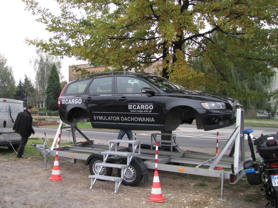 Symulator dachowania stanął przy ulicy Prusa w Sosnowcu /Anna Kropaczek /RMF FM