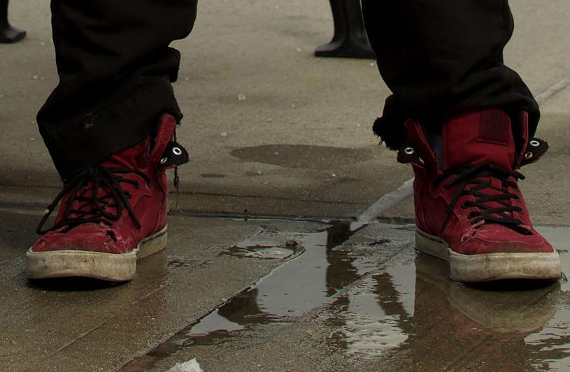 Syn gwiazdora chodzi w potarganych butach /Agencja FORUM