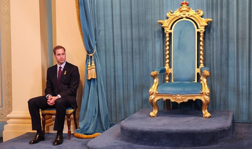 Syn Williama jest trzeci w kolejce do tronu /AFP
