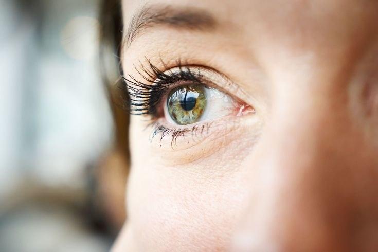 syndrom suchego oka /© Photogenica