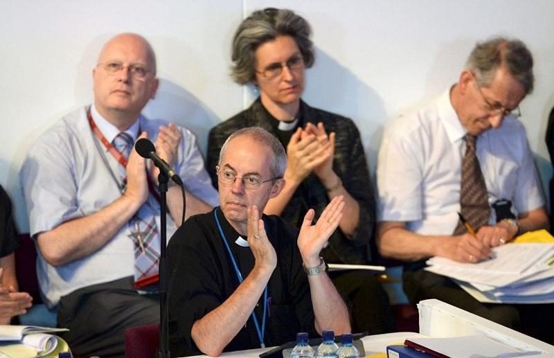 Synod Generalny państwowego Kościoła Anglii w trakcie obrad /Nigel Roddis /PAP/EPA