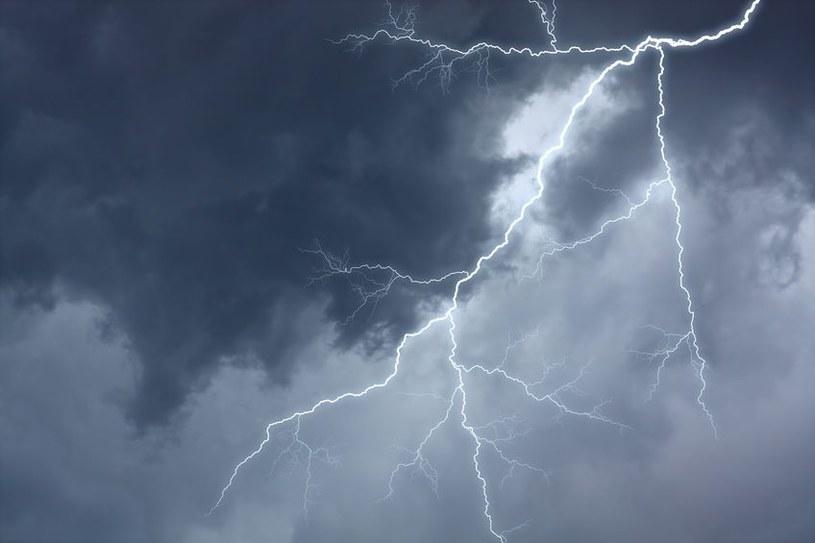 Synoptycy ostrzegają przed burzami; zdj. ilustracyjne /123RF/PICSEL