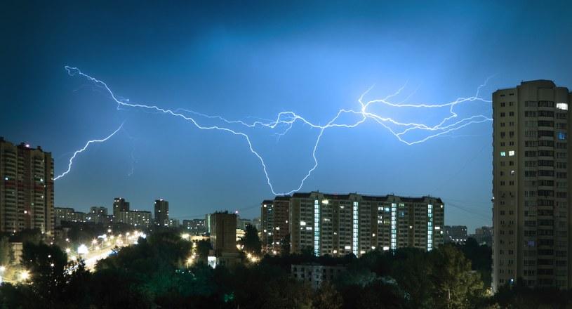 Synoptycy ostrzegają przed burzami /123RF/PICSEL