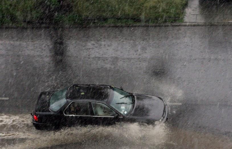 Synoptycy ostrzegają przed ulewami /Bruno /Reporter