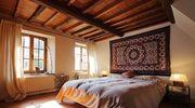 Sypialnia w stylu rustykalnym. Jak ją urządzić?