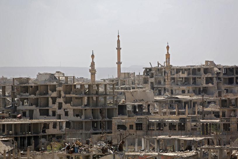 Syryjski reżim oskarżony o śmierć 41 cywilów w ataku chemicznym / STR   /AFP