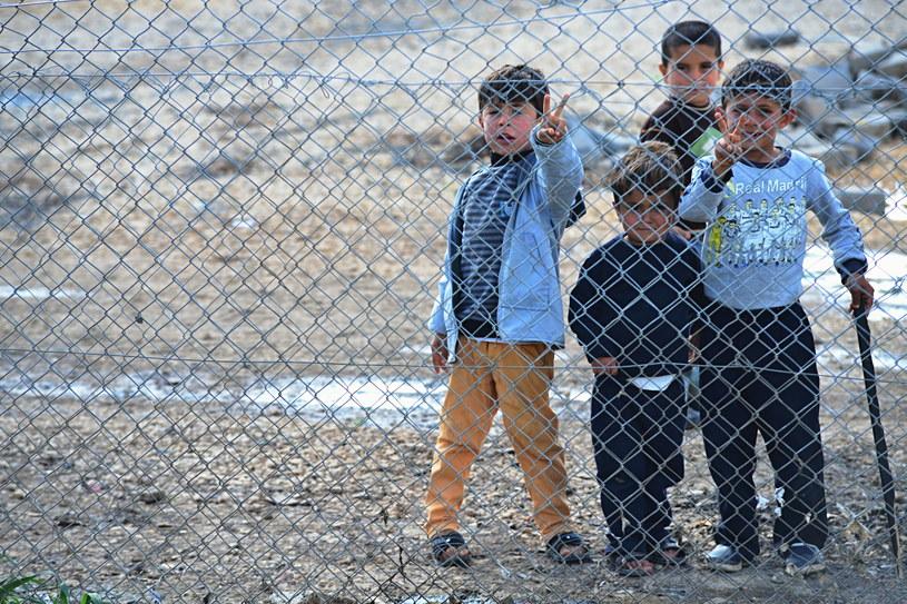 Syryjskie dzieci w obozie dla uchodźców /123RF/PICSEL