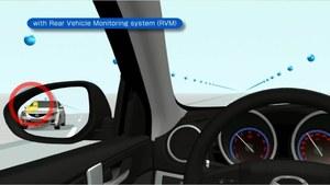 System RVM ostrzega o pojazdach w martwym polu auta. /Mazda